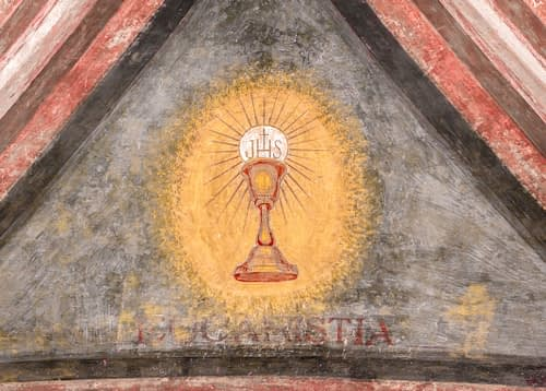 "A fresco depicting the sacred chalice of Jesus. ""Eucaristia"" in Italian means: Eucharist, Holy Communion, Communion."